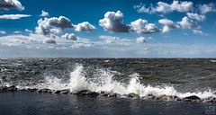Büsum 6bft. (MAICN) Tags: 2018 wasser highwater nordsee clouds waves wellen büsum flut urlaub hochwasser wolken sky hightide northsea water sommer himmel