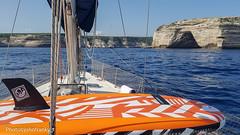 Bonifacio(Corsica) (6) (johnfranky_t) Tags: stretto di bonifacio johnfranky t samsung s7 scogliera rete dalbero protezione cime cielo surf pinna arancione
