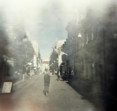 Vallgatan (rotabaga) Tags: sverige sweden göteborg gothenburg diana lomo lomography lomography400 mediumformat mellanformat 120 6x6 ljusläckage lightleaks fatroll expiredfilm