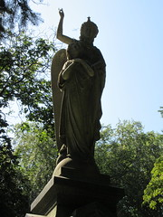Arms Up Standing Angel Green-Wood 9246 (Brechtbug) Tags: arm up seated angel greenwood cemetery wings and missing hand stone coffin looking away brooklyn nyc 2018 new york city 09012018 statue tomb marker sculpture tombstone graveyard grave yard serenity lady turning grief grieving mourning mourner mourn