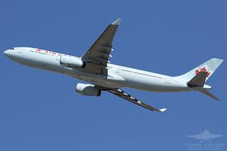 C-GFAH A333 AIR CANADA