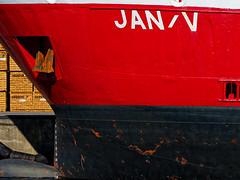 "Frachtschiff ""Jan V"" im Seehafen Wismar (alterahorn) Tags: dxo olympuspenf olympusmzuiko75300mm olympusmzuiko olympus balticsea ostsee janv maritim cargovessel ship schiff harbour port hafen seehafenwismar"