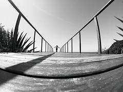 Mi perspectiva de hoy (alestaleiro) Tags: estaleiro mono monocrhome bw perspective perspectiva eliana diagonal diagonals compo pasarella pasarela lineas lines gopro estaleirobeach praiadoestaleiro alestaleiro