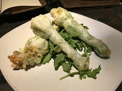 Fried stuffed squash blossoms (TomChatt) Tags: food lafoodie