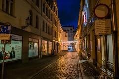 Poznań (nightmareck) Tags: poznań wielkopolskie polska poland europa europe fotografianocna bezstatywu night handheld fujifilm fuji fujixe1 fujifilmxe1 xe1 apsc xtrans xmount mirrorless bezlusterkowiec xf1855 xf1855mm xf1855mmf284rlmois zoomlens fujinon
