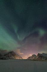 Light-Art (Joost10000) Tags: aurora borealis auroraborealis light northernlights magnetic mysterious green beach travel skagsanden lapland norway lofoten europe arctic snow mountain mountains ice ocean atlantic islands lofotenislands canon canon5d eos wild wilderness