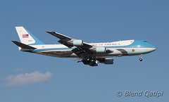 82-8000 - Air Force One (dcspotter) Tags: 828000 airforceone airforce1 af1 planespotting spotting blendqatipi dcspotter airliner passengeraircraft aircraft airline airplane jet jetliner transport airtransport airtransportation transportation andrewsairforcebase andrewsafb andrewsjointbase usairforce usaf kadw adw campsprings maryland md usa unitedstates unitedstatesofamerica boeing 747 747200 747200b b742 742 c25 vc25a vc25 unitedstatesairforce airforce armedforces governmentaircraft vipaircraft militaryaircraft military militarytransport