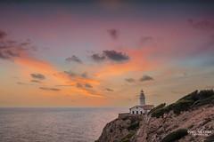 Momento/Moment.  ( Faro de Capdepera ) (Toni - Oliver) Tags: d850 faro amanecer luz color cielo