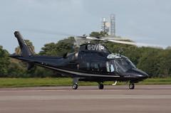 G-DVIP Agusta A-109E Power (corkspotter / Paul Daly) Tags: gdvip agusta a109e power a109 11217 h2t 406a8c castle air ltd 2003 20131112 vhvis ork eick cork cockpit