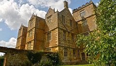 CHASTLETON HOUSE (chris .p) Tags: nikon d610 chastleton house oxfordshire england summer 2018 history august nt uk nationaltrust view