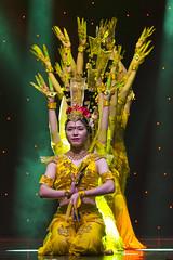 DAG_8928r (crobart) Tags: thousand hand bodhisattva eyes yate dance acrobatic team chinese china canadian national exhibition cne 2018 toronto