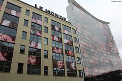 """""""Le Monde"""" à Berlin (philippeguillot21) Tags: journal lemonde presse berlin allemagne deutschland capitale europe pixelistes canon"""