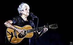 Joan Baez (_Pek_) Tags: joanbaez termedicaracalla sound36 livemusicphotography concertphotographer woodstock musicphotographer