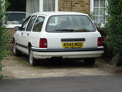 1992 Ford Sierra 1.6 Azura (Neil's classics) Tags: vehicle 1992 ford sierra 16lx abandoned touring estate ranch station wagon