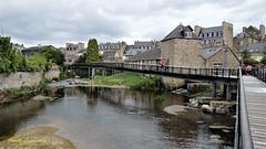 Guingamp (claude 22) Tags: guingamp pont bridge passerelle bretagne france breizh brittany bretagna francia bretaña claude22 côtesdarmor