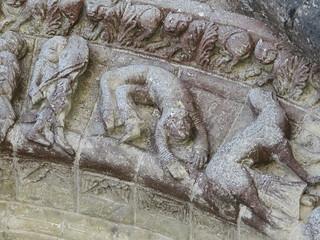 Façade romane (XIe) de l'église Saint-Hilaire, Foussais-Payré (85)