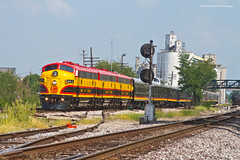 Departing Mexico (tim_1522) Tags: railroad railfanning rail missouri mo kansascitysouthern kcs officecarspecial ocs fp9a f9b emd passenger sub subdivision mexico ns norfolksouthern stlouisdistrict searchlight signals