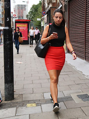 IMG_0496b (Luxifurus) Tags: hip hipshot fromthehip candid unposed covert unaware secret stolen gimp commute london street portrait urban woman girl female pretty beautiful hands faces