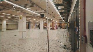 Bargain Buys Haymarket Shopping Centre