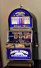 Tragamonedas de exhibición (Gabriela Andrea Silva Hormazabal) Tags: tragamonedas trgamoneda enjoy coquimbo chile máquina azar casino