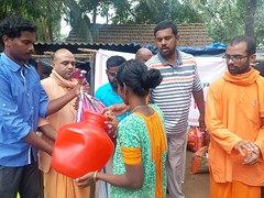 "Kerala Flood Relief (17) <a style=""margin-left:10px; font-size:0.8em;"" href=""http://www.flickr.com/photos/47844184@N02/44251950271/"" target=""_blank"">@flickr</a>"
