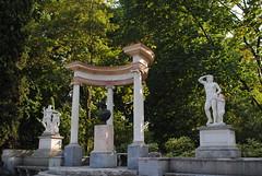 Exedra (2) (brunoescobarfernandez) Tags: escultura marmol arte ar arquitectura neoclasico xviii exedra