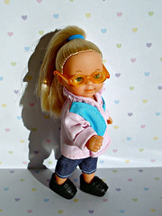 Little girl with glasses (Deejay Bafaroy) Tags: barbie doll puppe evilove evi simbatoys simba toys girl mädchen child kid kind steffilove pink rosa blue blau lightblue hellblau glasses brille portrait porträt