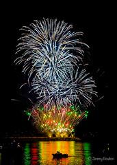 Sea View (JKmedia) Tags: boultonphotography nationalfireworkschampionships 2018 aug plymouth devon uk hoe firework colourful night pyrotechnics explosion display