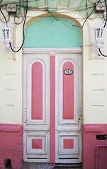 Doors Of Havana No. 7 (TablinumCarlson) Tags: amerika america karibik caribbean sea gulf atlantic ocean cuba republic antilles havanna havana habana leica kuba tür door entry white old alt vieja rosa pink dlux6 dlux 513