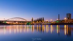 John Frost Bridge (Arjan Almekinders) Tags: arnhem bridge brug rijn johnfrost john frost johnfrostbridge bidgetoofar airborne reflection cityscape bluehour blauweuur blauweuurtje