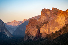 Cathedral Rocks from Artist's Point (WheelGoodPhotos) Tags: yosemite yosemitenationalpark nationalpark nationalparks camping california yosemitevalley landscapes nikon nikond500 tamron cathedralrocks artistspoint 2470mm