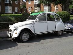 Citroen 2CV (Ian Press Photography) Tags: car cars ipswich citroen 2cv cv