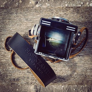 Word on the street is that Fujifilm are dropping a medium format rangefinder later this month. Also heard it may have no rear LCD. What are your thoughts? Made us want to get out there and shoot with our Rolleiflex 3.5f and Borough neck strap. Medium form