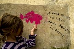 La vérité sort de la bouche des poissons ? ('aNtOiNe') Tags: bleu d800 antoine antoinepillaud art animal