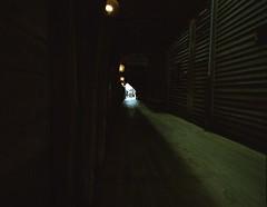 Bergen (Christian Güttner) Tags: rollfilm rollei rolleicn200 mediumformat mittelformat europa etrsi norway norwegen norwegia norge zenzabronica analog analogue architektur film gamla bokeh bokhe gebäude