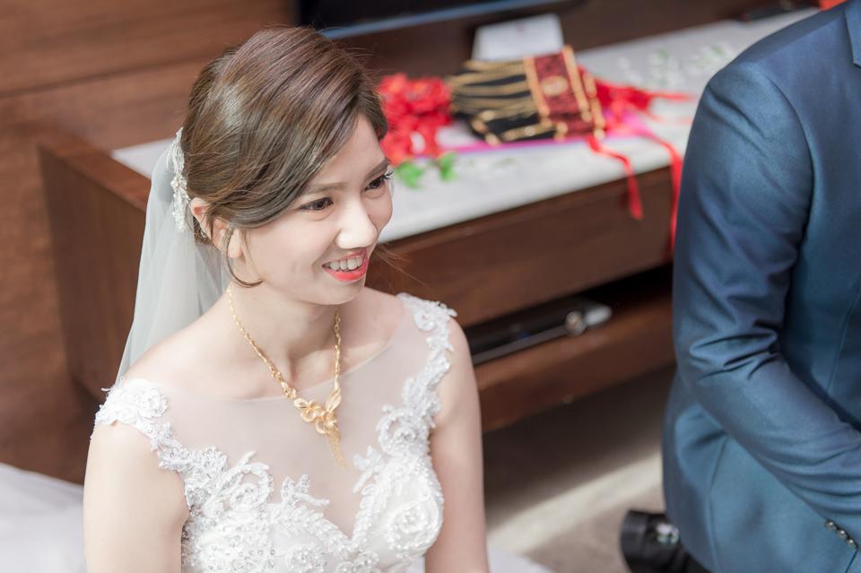 高雄婚攝 海中鮮婚宴會館 有正妹新娘快來看呦 C & S 052