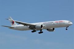 China Eastern Airlines B-7347 (shumi2008) Tags: chinaeasternairlines chinaeastern777 boeing77w b777 b777300er skyteamalliance torontopearson pearsonairport yyz cyyz
