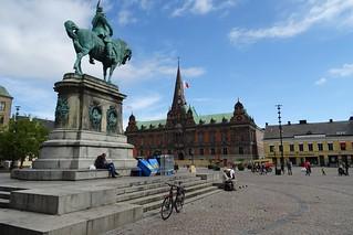 20180820 34 Malmö - Stortorget - Karl X Gustav staty - Radhus