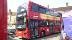 P1120880 VMH2498 LK18 AKJ at Edgware Station Bus Station Station Road Edgware London (LJ61 GXN (was LK60 HPJ)) Tags: metroline volvob5lhybrid mcvevoseti mcv evoseti 105m 10490mm vmh2498 lk18akj nb883