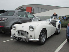 Triumph TR3 MFF261 (Andrew 2.8i) Tags: haynes motor museum breakfast meet sparkford yeovil somerset show classic classics cars car autos british sports sportscar roadster open convertible cabriolet tr tr3 triumph