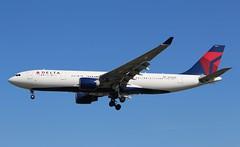 N860NW Airbus A330-223 Delta Airlines (R.K.C. Photography) Tags: n860nw airbus a330223 a330 deltaairlines dal dl aircraft aviation american airliner london heathrow myrtleavenue england unitedkingdom uk londonheathrowairport lhr egll canoneos100d