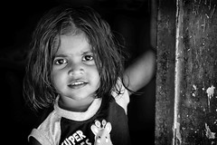Little girl in the kerala (daniele romagnoli - Tanks for 25 million views) Tags: ritratto d810 nikon kerala india portrait romagnolidaniele biancoenero blackandwhite face look occhi eyes sguardo child