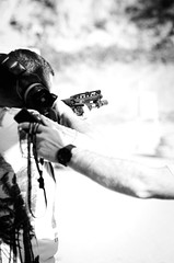 36297 - Shooting (Diego Rosato) Tags: shooting shot tiro fucile shotgun bianconero blackwhite rawtherapee nikon d700 sigma 70200mm