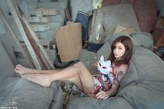 TOM01137 (HwaCheng Wang 王華政) Tags: 蘇 托托 人像 外拍 md model portraiture sony a9 ilce9 35za 2470gm 70200gm 廢墟 ruin