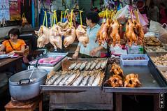 Yaowarat #0082 (Explore) (svenpetersen1965) Tags: chinatown sampheng soiwanit1 yaowarat bangkok krungthepmahanakhon thailand th market chinese poultry fish