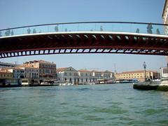 Ponte della Costituzione (Gijlmar) Tags: itália italy italien italie włochy ита́лия ιταλία europa ευρώπη europe avrupa европа veneza venice venezia venedig venecia вене́ция venise βενετία ponte brug pont most brücke γέφυρα bridge puente híd pod мост köprü sky cielo céu