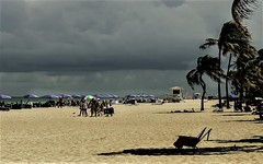 Praia (Pedro1742) Tags: beach people storm clouds shadows palmtrees