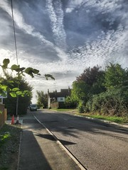 Monday morning.... (mark.griffin52) Tags: england buckinghamshire cheddington thethreehorseshoes local publichouse pub village countryroad countryside road