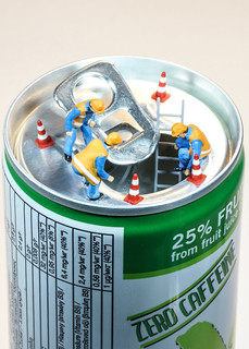 Heute werden die Kalorien in der Dose gezählt - Today, the calories in the can are counted