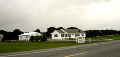 Frederica, Dover, Delaware US (leonyaakov) Tags: frederica delaware dover unitedstates us house farm road travel countryside green